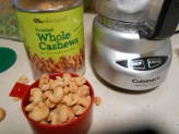 ABOUND WHOLE CASHEWS
