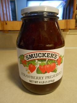 SMUCKER'S STRAWBERRY PRESERVES LARGE JAR