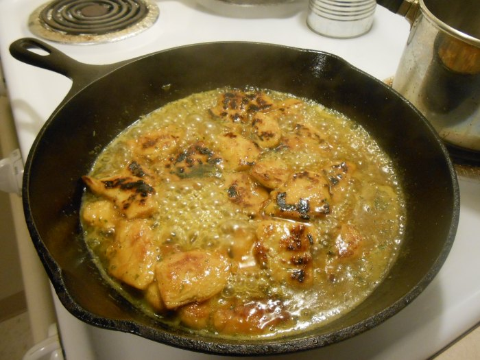 GARDEIN MANDARIN CHICK'N WITH ORANGE MARMALADE SAUCE IN SKILLET