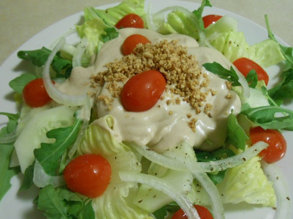 SALAD WITH TRIPLE GLO SALAD DRESSING