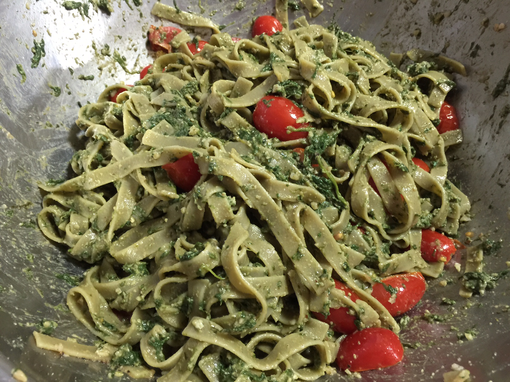 ROASTED GARLIC SPINACH PESTO 1