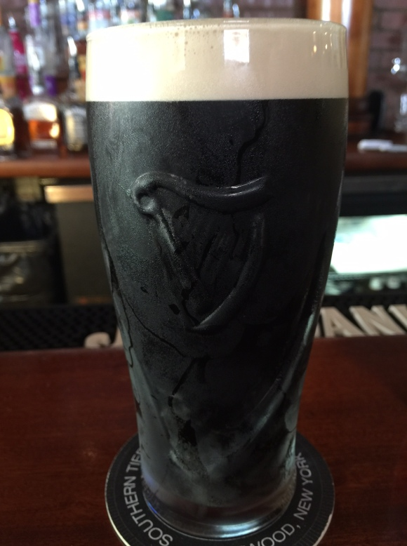 PERFECT LINE GUINNESS BROTHER'S LOUNGE
