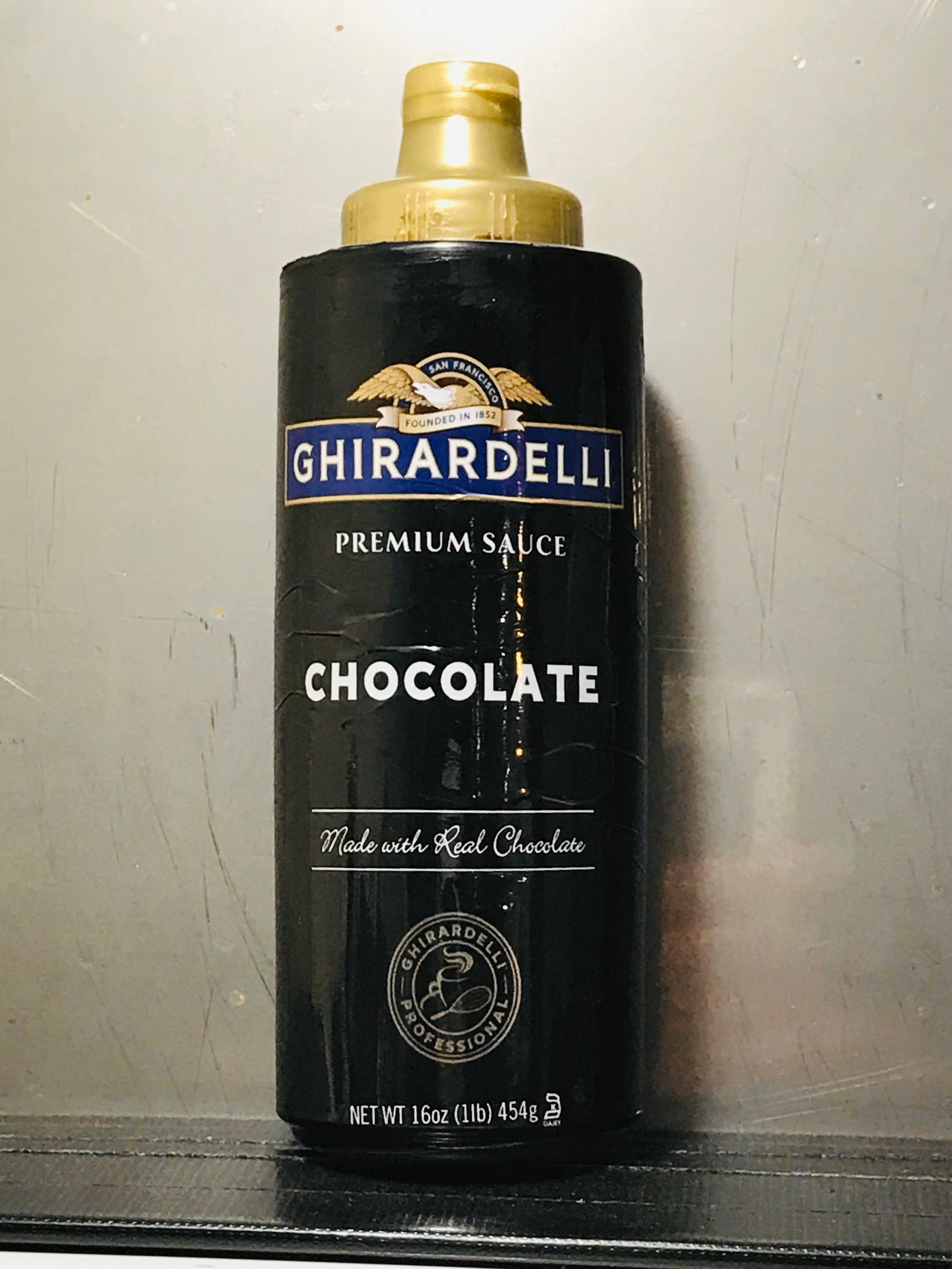GHIRARDELLI CHOCOLATE SAUCE